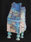Een keramisch object van beeldend kunstenaar Sia Braakman